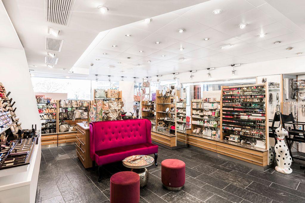 Alpstein Parfumerie Innenansicht